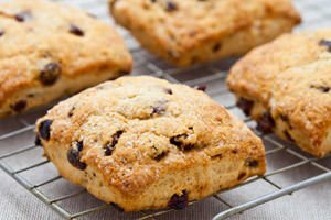 Cookies with Raisins and Walnuts
