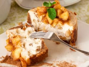 Easy Dessert with Crumbled Biscuits