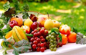 Fruits that nourish the skin
