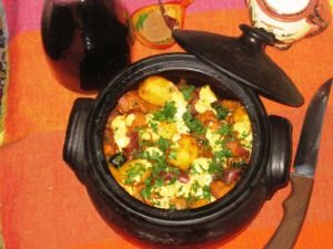 Finger-Lickin-Good Clay Pot