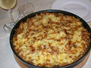Baked Macaroni with Minced Meat and Mushrooms