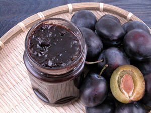 Prune and Walnut Marmalade