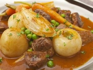 Stew with Onions