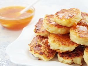 Healthy Fritters with Cheese
