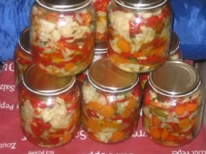 Cauliflower and Cabbage Pickle