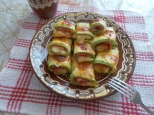 Uniquely Delicious Zucchini with Ham and Cheese in the Oven
