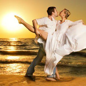 Aquarius Woman and Libra Man Love Compatibility