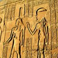 Archaeologists - Tomb of Egyptian Queen Portends the End of the World