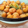 Aromatic Fresh Potatoes in the Oven