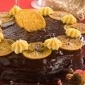 Cake with Oranges and Chocolate