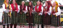 Dobarski Babi Prepare for Pirin Sings