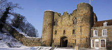 -  Tonbridge Castle