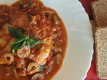 Chicken Breasts with Tomato Sauce and Green Olives