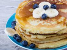 American Pancakes with Milk