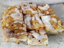 Apple Cake with Biscuits and Cinnamon