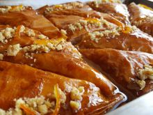 Classic Baklava with Walnuts