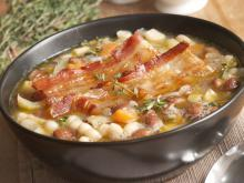 Beans with Vegetables and Bacon