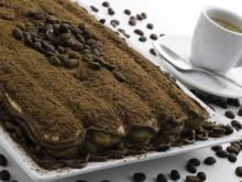 Cocoa Cake with Biscotti