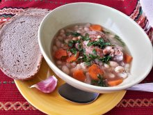 Pub Style Bean Soup with Meat