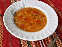 Tasty Country-Style Bean Soup