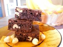 Vegan Brownies with Hazelnuts
