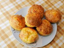 Fast Muffins with Cheese
