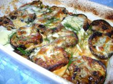 Garlic Eggplants with Processed Cheese and Cheese