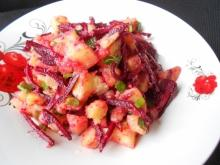 Salad with Beetroot and Potatoes