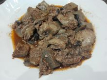 Tasty Chicken Livers with Onions and Mushrooms