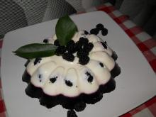 Fresh Jellied Dessert with Yoghurt and Mulberries