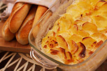 Tasty Gratin with Potatoes and Cheese