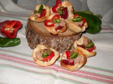 Irresistible Baskets with Tuna and Capers