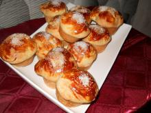 Mini Cozonac Rolls with Raisins