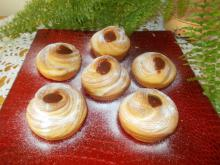 Cruffins with Strawberry Jam