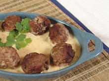 Spanish Meatballs in Sauce