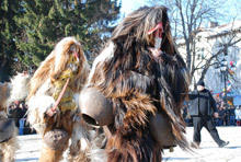 Thousands of participants at the Mummers Festival in Razlog and Simitli