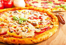 The Greatest Myths about Pizza