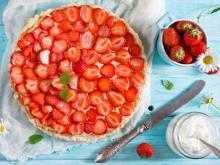 Hazelnut and Strawberry Cake
