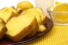 Lemon Cake with Curd