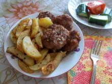Macedonian-Style Juicy Meatballs
