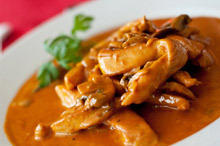 Chicken with White Wine and Curry