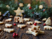 English-Style Christmas Butter Cookies