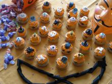 Halloween Muffins with Cream