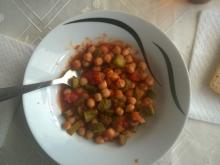 Chickpeas with Tomatoes and Pickles