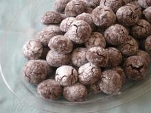 Cracked Cocoa Cookies