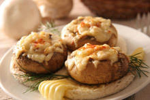 Mushrooms Stuffed with Blue Cheese