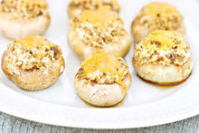 Mushrooms Stuffed with Cottage Cheese