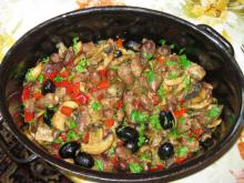 Chicken Hearts with Mushrooms, Peppers and Olives