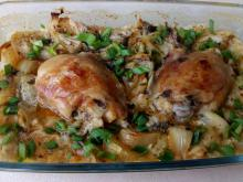 Spectacular Chicken with Onions in the Oven