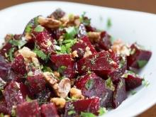 Beetroot Salad with Walnuts